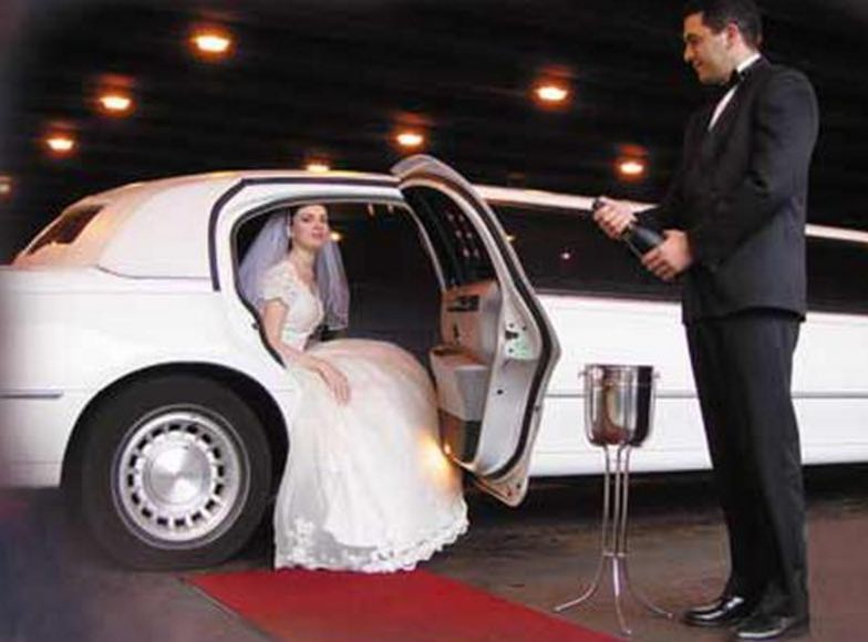 Anaheim limo party bus wedding